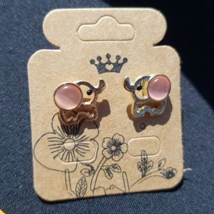 Other - 🐘 elephant gold plated earrings